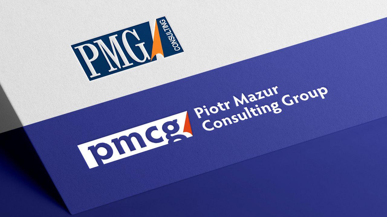 Porównanie —stare inowe logo PMCG